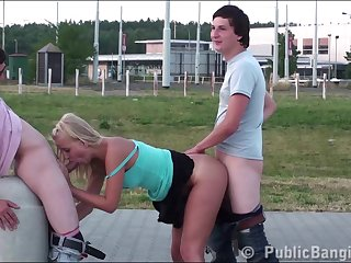 Sensacional PUBLIC group sex teen..